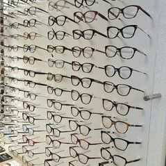 accueil-galerie-photos-opticien-lunetier-optique-riponne-lausanne-vaud